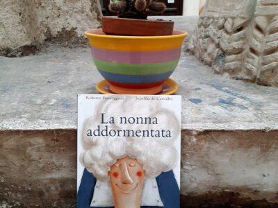 La nonna Addormentata- Roberto Parmeggiani e Joao Vaz De Carvalho- casa editrice Kalandraka